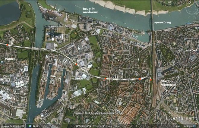 Nijmeegs tracé van streektram uit Tiel, en stadstram uit Beuningen.